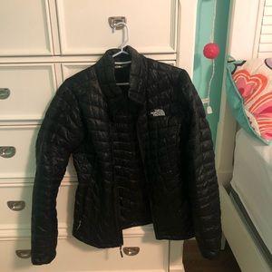 North Face light winter jacket puffed women's